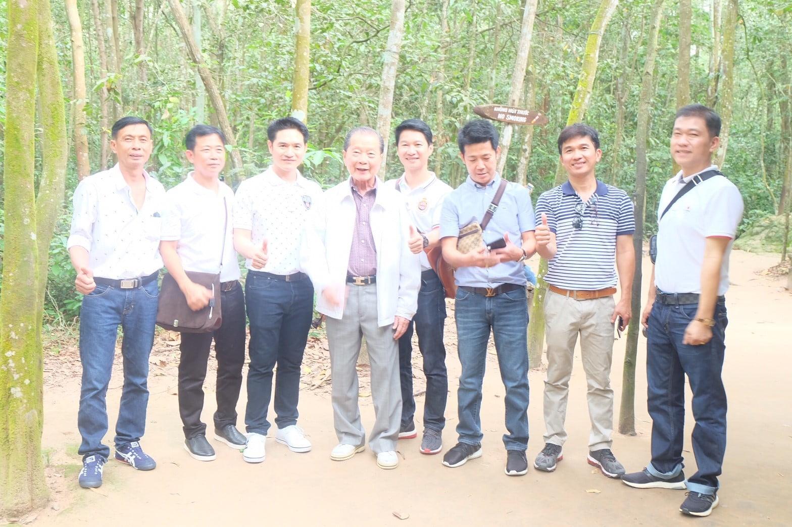 เวียดนาม รุ่งแสง (12)